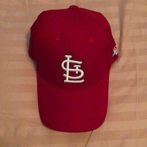 St. Louis Cardinals Velcro back hat